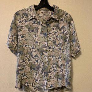 Women's medium Columbia flower shirt